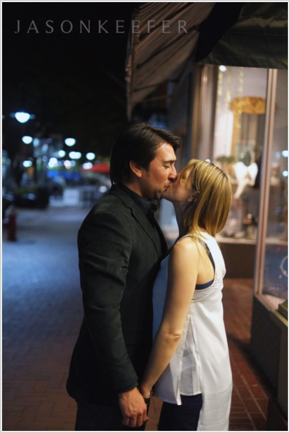 jason keefer photography charlottesville downtown mall night engagement shoot barboursville wedding