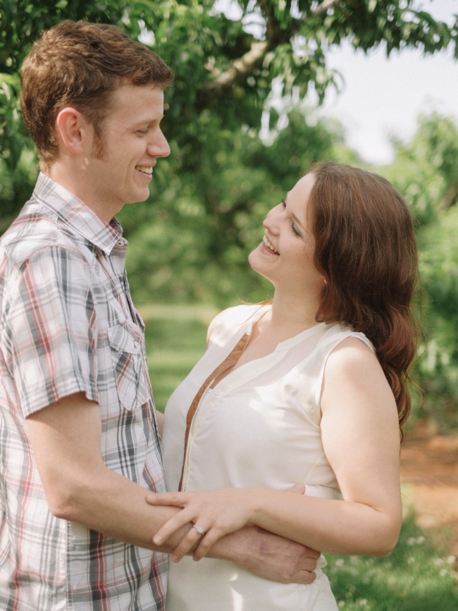 tammy keefer of jason keefer photography engagement portraits chiles peach orchard crozet va outdoor