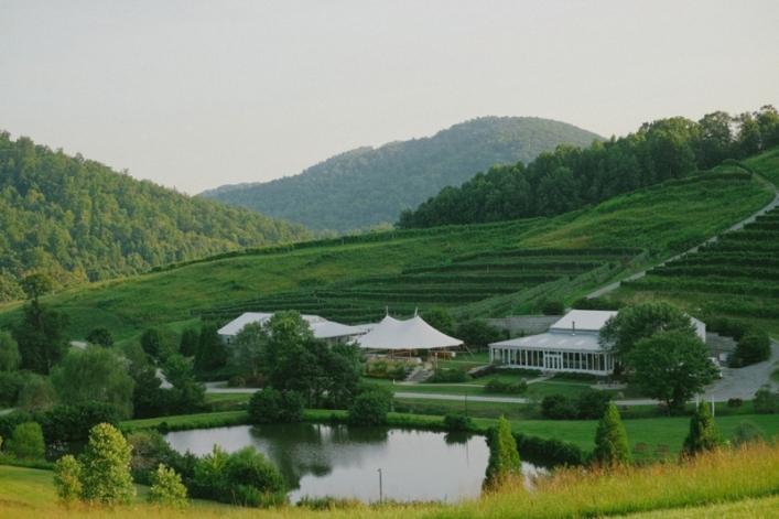 jason keefer photography faber charlottesville delfosse winery wedding mountaintop