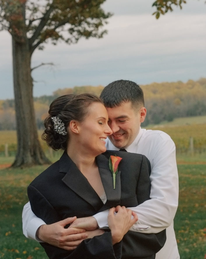 jason keefer photography trump winery chilly fall wedding portrait