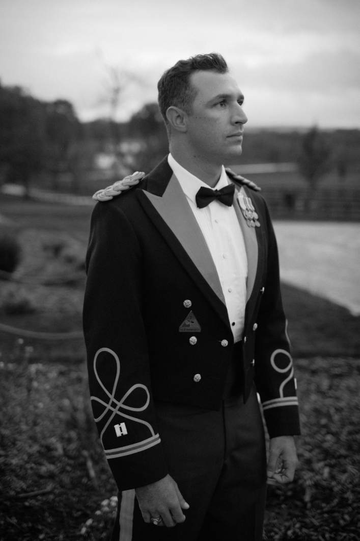 jason keefer photography charlottesville wedding photographer us army officer groom black and white