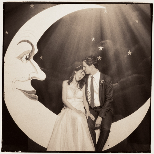 paper moon photo booth charlottesville richmond dc wedding photographer jason keefer photography tammy keefer